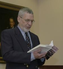 Crisp reads a passage from Goodbye Vienna